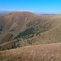 Pohľad na kopce Frčkov a Ostredok